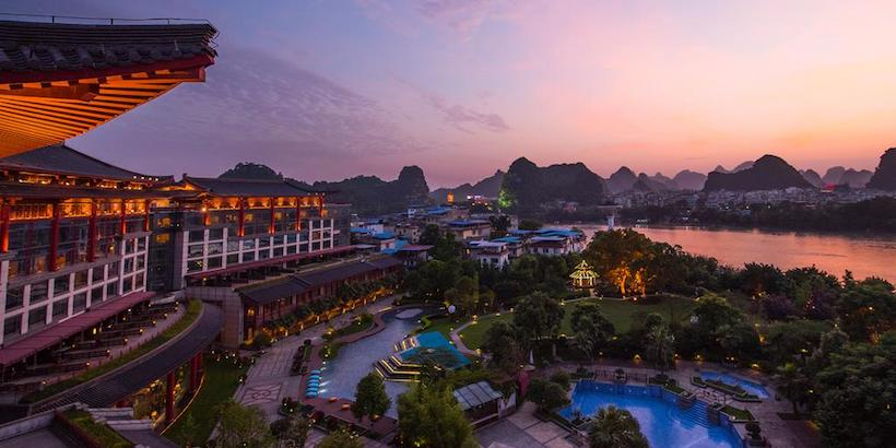 shangri-la-hotel-guilin-offers-great-view-over-the-li-river