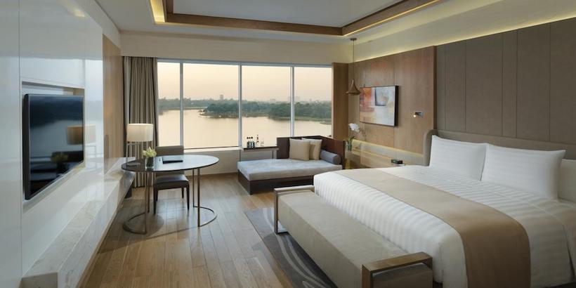 premium-lake-view-room-at-melia-yangon
