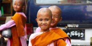 cute-little-nuns-in-yangon