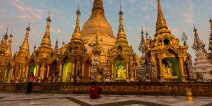 shwedagon-pagoda-the-landmark-of-yangon