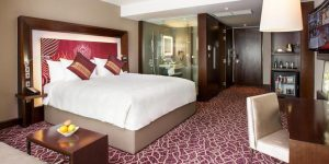 executive-king-room-at-novotel-yangon-max