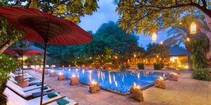 swimming-pool-of-the-hotel-at-the-tharabar-gate