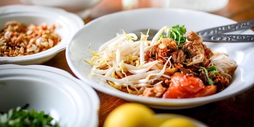 bolognese-with-a-burmese-touch-at-golden-kite-inle-lake