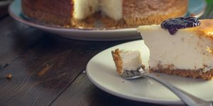 cheese-cake-served-as-dessert