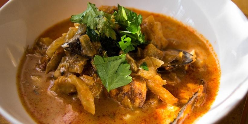 burmese-seafood-curry