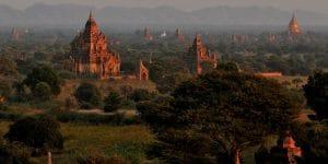 bagan-pagodas-at-sunset