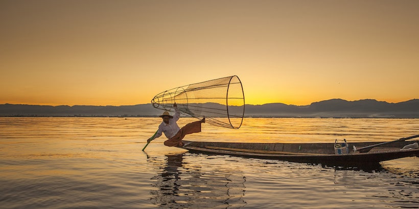inle-lake-fisherman-at-sunset