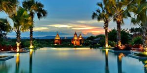 infinit-pool-with-view-of-the-pagodas
