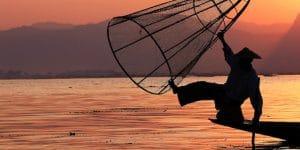 an-inle-lake-fisherman-at-sunset