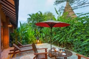 garden-of-the-hotel-at-the-tharabar-gate