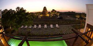villa-bagan-with-pagoda-pool-view
