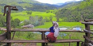 local-hill-tribe-woman-in-kyaing-tung