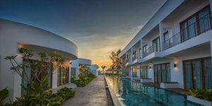 ren-resort-at-sunset-in-sihanoukville