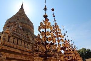a-golden-stupa-in-bagan