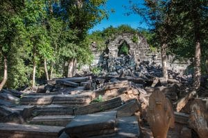 temple-ruins-in-beng-meala