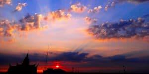 beautiful-sunset-in-phnom-penh
