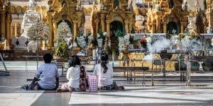 prayers-at-shwedagon-pagoda-in-yangon