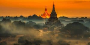 sunrise-over-bagan-temples