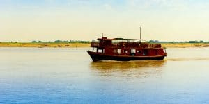 cruise-boat-on-the-irrawaddy-river