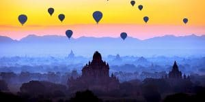 balloons-over-bagan-in-the-early-morning