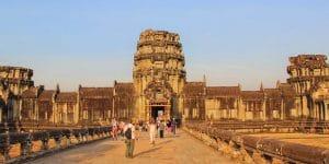the-big-gate-at-angkor-wat