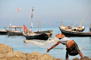 a-local-fisherman-at-ngapali-beach