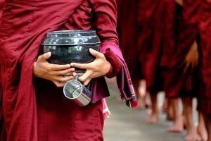 monks-at-mahagandayon-monastery