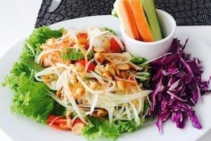 veggie-salad-at-bamboo-hut-in-inle-lake
