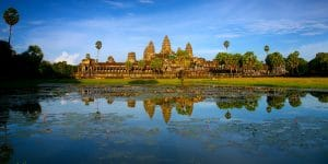 lotus-pond-in-front-of-angkor-wat