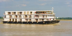 cruising-on-the-irrawaddy-river
