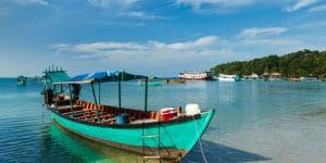 boat-by-the-shore-of-sihanoukville