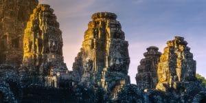bayon-temple-at-sunrise
