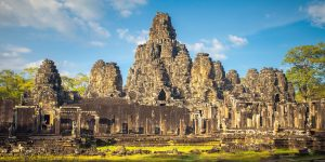 angkor-wat-ruins-in-a-sunny-day