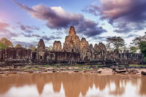 bayon-temple-and-its-reflection