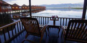 hupin-inle-balcony