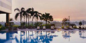 swimming-pool-at-melia-yangon